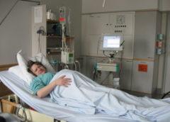 No tāla nezināma ciemata atveda grūtnieci, kad sākās apskate ārsti nespēja nosēdēt palātā