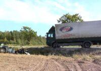 VIDEO: Smagā automašīna uz Tallinas šosejas ietriecas vieglajā automašīnā; Autovadītāja gājusi bojā