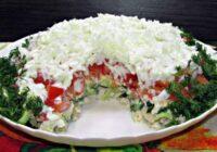 Salāti ar vistu un svaigo gurķi. Ātrās pagatavošanas dēļ šo recepti iemīļojušas daudzas saimnieces