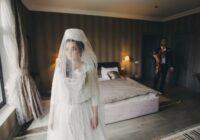 Tu zini ko dara ar čigānieti viņas kāzu naktī: šis noteikti nav domāts vājajiem