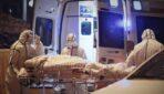 Ķīnieši masveidā atstāj valsti, radot bažas par koronavīrusa uzliesmojumu visā pasaulē