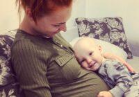 Igauņu ragana Merilina Kerro sociālajos tīklos publicē, ka dzemdējusi vēl vienu bērniņu un tas vēl nav viss…