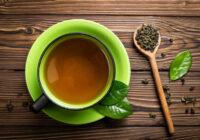 Kāpēc ir kaitīgi dzert zaļo tēju uzreiz pēc ēdienreizes. Šim dzērienam piedēvētās dziednieciskās īpašības ir nedaudz dīvainas