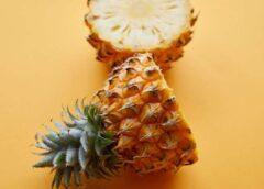 VIDEO: Jūs visu mūžu esat ananāsu ēduši NEPAREIZI. Lūk, video kas sagriezīs jūsu pasauli kājām gaisā!